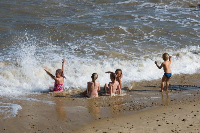 djeca_plaža